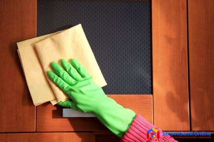 Как ухаживать за дверями