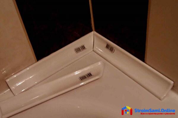 Как заделать щель между ванной и стеной керамическим бордюром