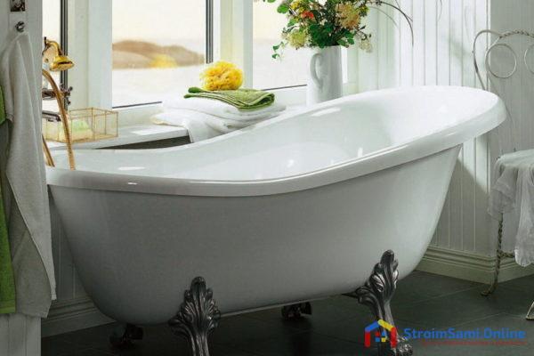На фото: керамическая ванна