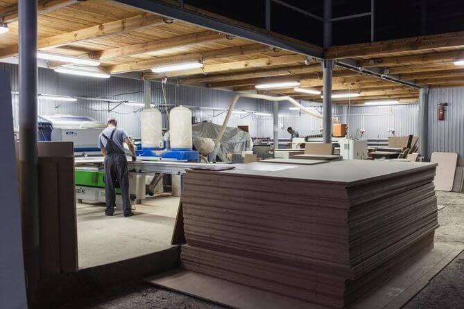 На фото: цех по производству мебели