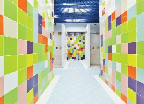 На фото: разноцветная керамическая плитка «Керама Марацци калейдоскоп»