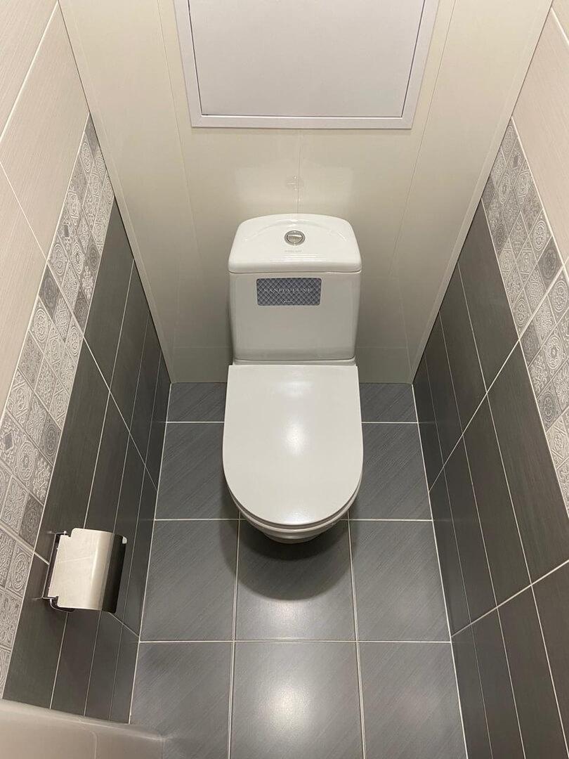На фото: ремонт в туалете