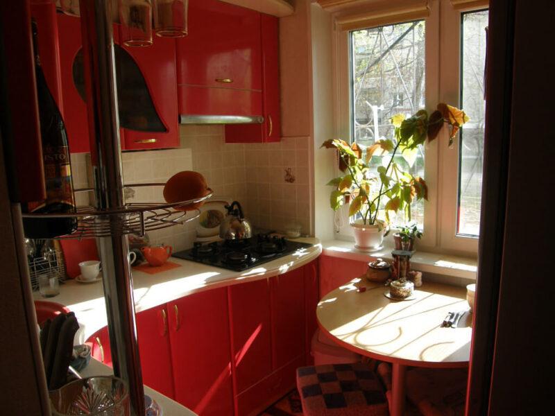 На фото: дизайн маленькой кухни