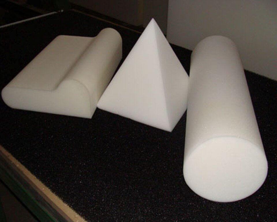 На фото: поролон для изготовления мебели