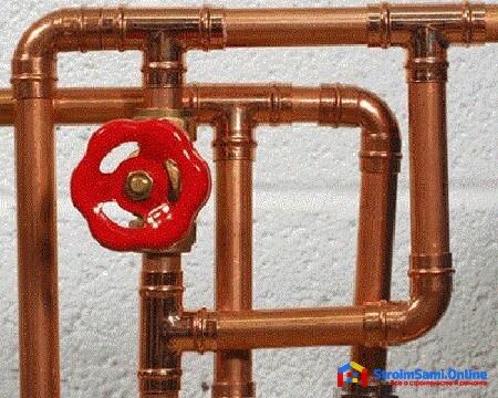 На фото: медные трубы для водопровода