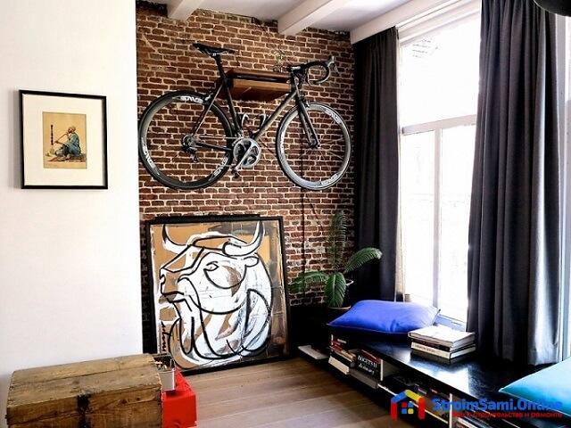 На фото: велосипед в интерьере