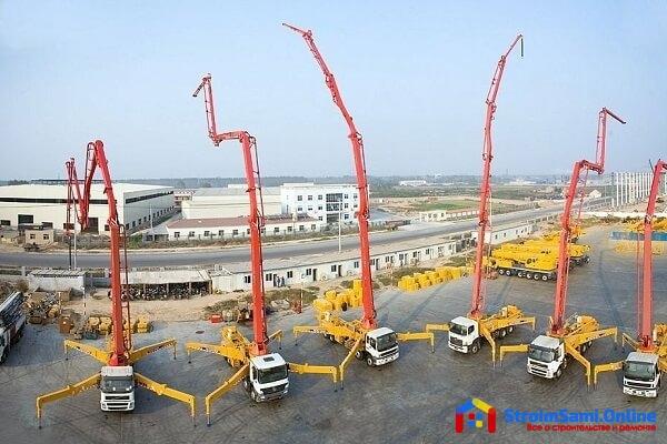 На фото: бетононасос для строительства высоток