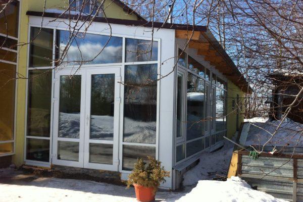 Остекление зимнего сада алюминиевым профилем