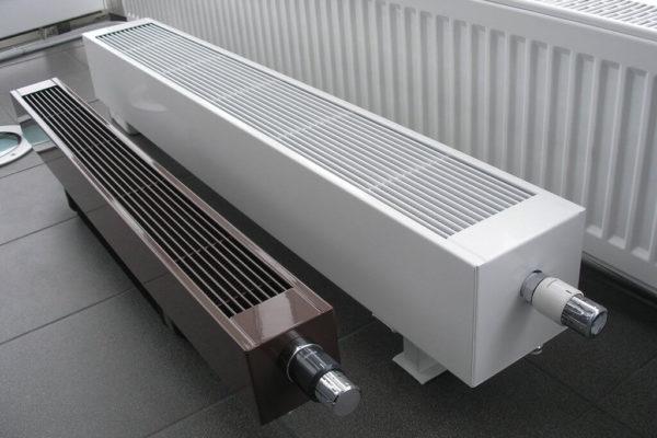 Напольный конвектор отопления водяной