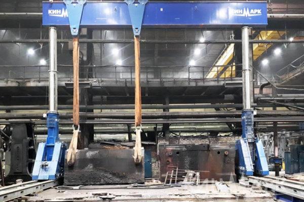 Демонтаж оборудования и ремонт фундамента. Источник фото: www.heavy-lift.ru