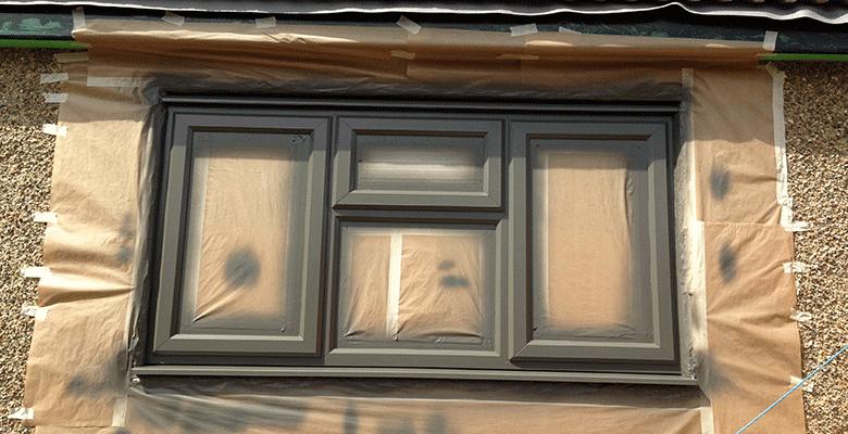 Как покрасить пластиковое окно