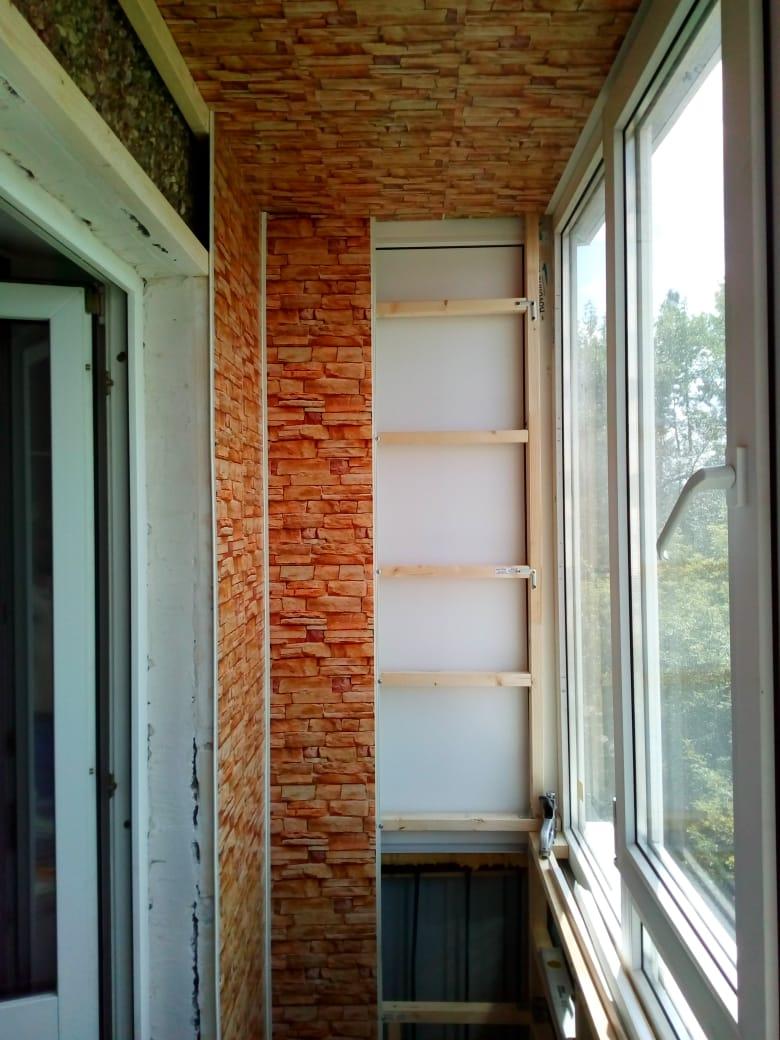 Фото 34: начало положено))) на потолок панели смонтированы, далее иду от двери