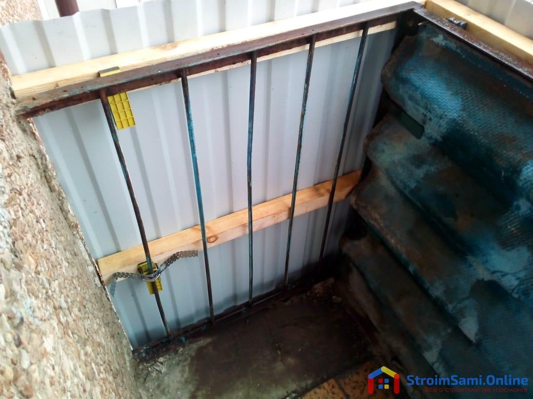 Фото 21: застекленный балкон (вид изнутри)