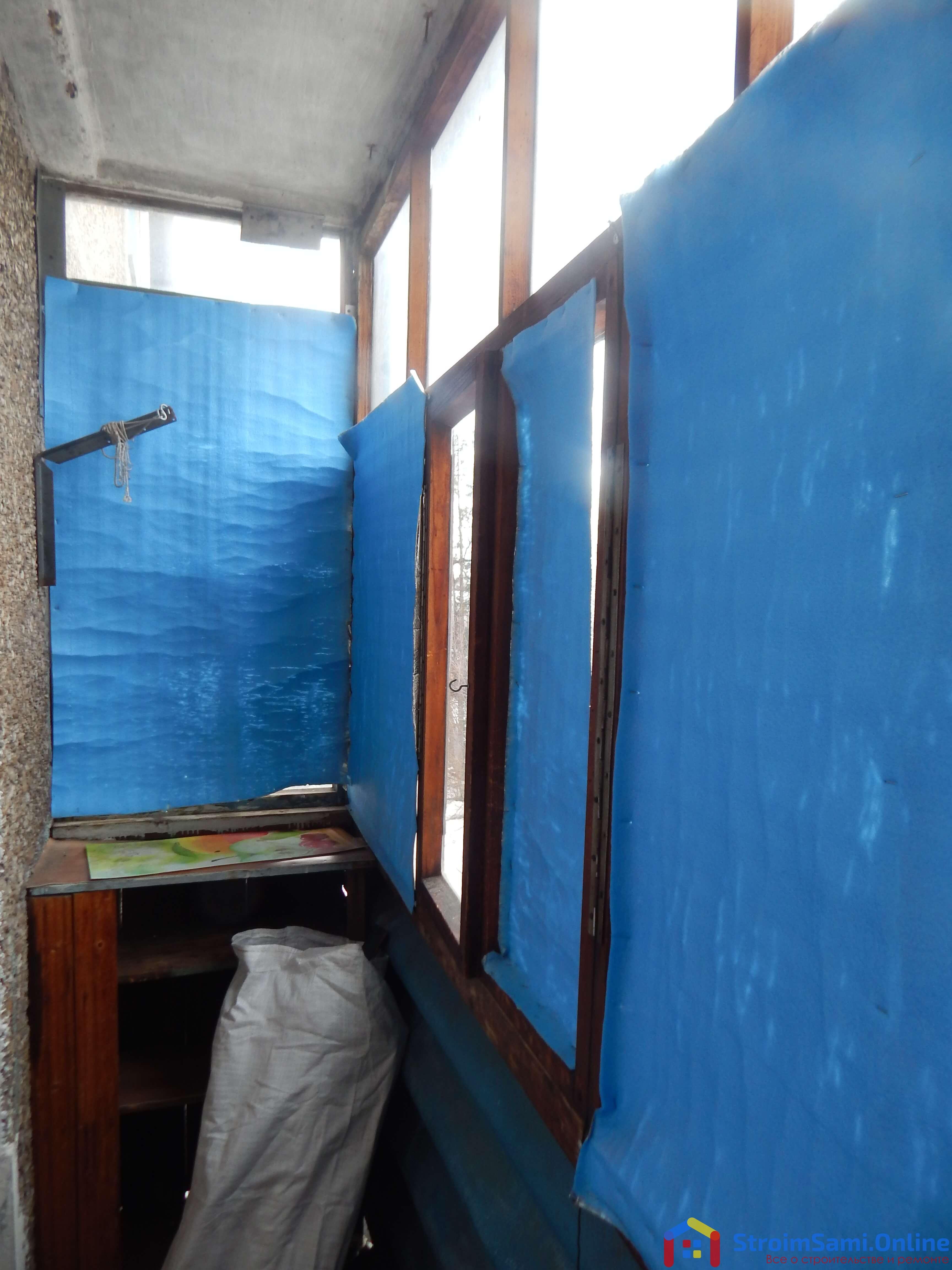 Фото 1: старый балкон в панельной Хрущевке