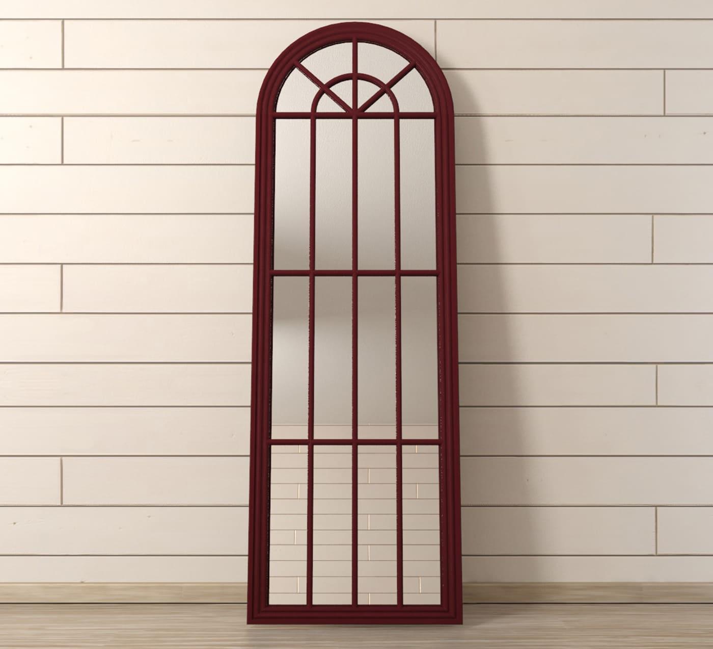 На фото: фальш-окно в виде зеркала