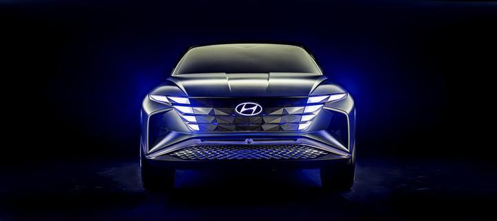 На фото: Hyundai - гибридный кроссовер Vision T (источник фото - интернет)