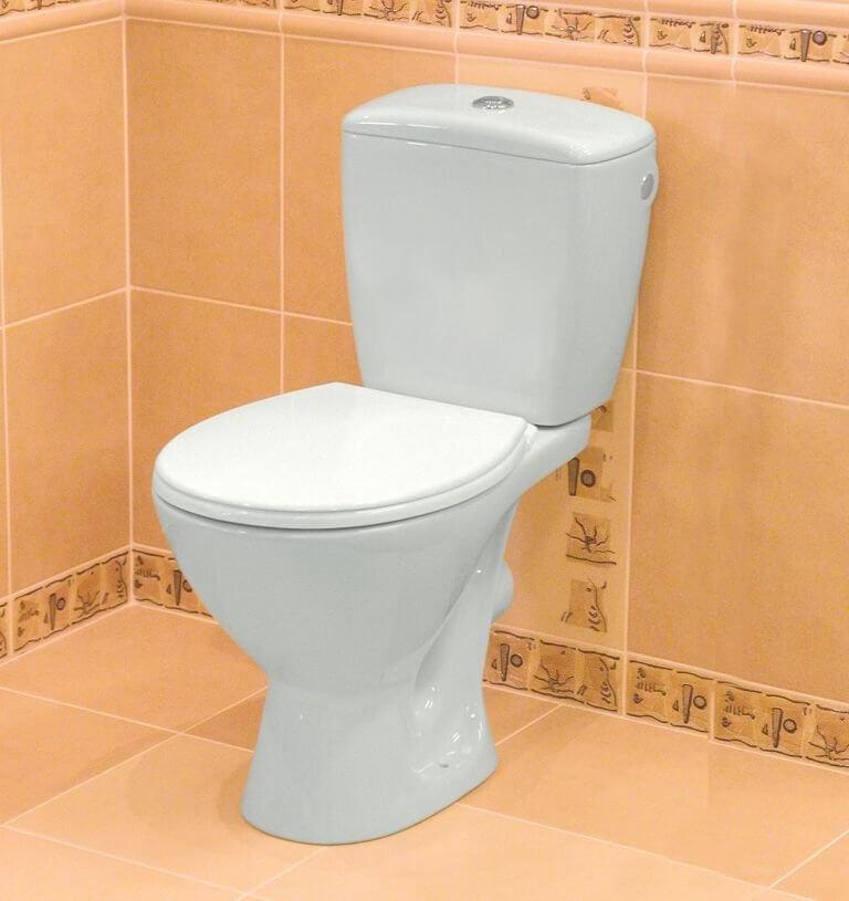 На фото: Крышка-сиденье для унитаза Cersanit Koral с микролифтом